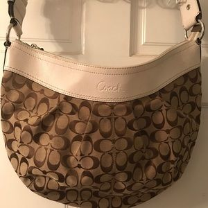MAKE AN OFFER Coach beige signature canvas hobo
